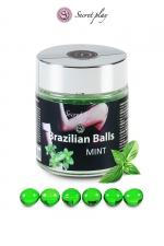 6 Brazillian balls - menthe : La chaleur du corps transforme la brazilian ball en liquide glissant au parfum menthe, votre imagination s'en trouve exacerbée.